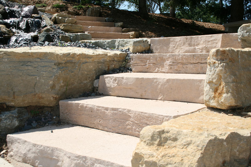 Landscaping stone gallery rockstep details natural for Pictures of stone steps